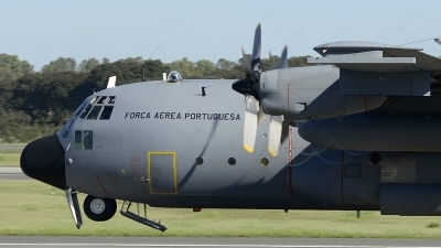 Photo ID 171125 by Armando Tuñon. Portugal Air Force Lockheed C 130H Hercules L 382, 16805