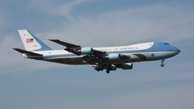 Photo ID 172226 by M.Schmal. USA Air Force Boeing VC 25A 747 2G4B, 92 9000