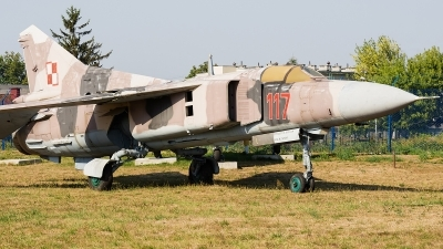 Photo ID 172118 by Alex van Noye. Poland Air Force Mikoyan Gurevich MiG 23MF, 117