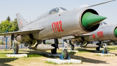 Photo ID 172645 by Alex van Noye. Poland Air Force Mikoyan Gurevich MiG 21PF, 1702