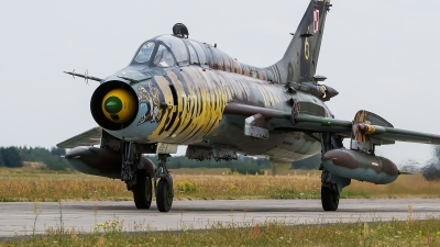 Photo ID 172800 by Alex van Noye. Poland Air Force Sukhoi Su 22UM 3K, 707