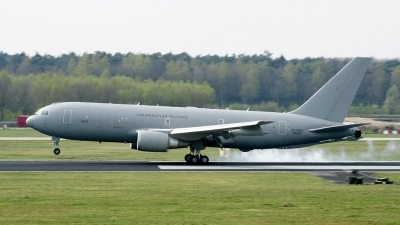 Photo ID 173443 by Joop de Groot. Italy Air Force Boeing KC 767A 767 2EY ER, MM62226