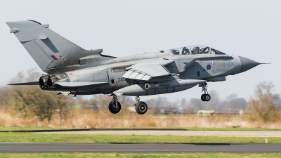 Photo ID 173528 by Alex van Noye. UK Air Force Panavia Tornado GR4A, ZA372