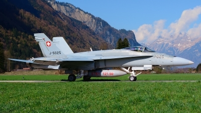 Photo ID 173589 by Sven Zimmermann. Switzerland Air Force McDonnell Douglas F A 18C Hornet, J 5025