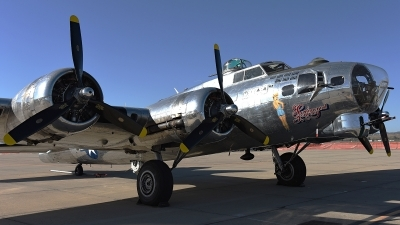 Photo ID 173938 by W.A.Kazior. Private Commemorative Air Force Boeing B 17G Flying Fortress 299P, N9323Z