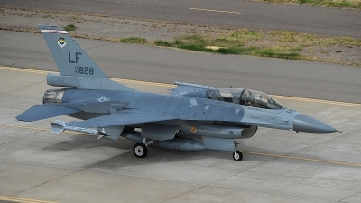 Photo ID 174149 by Peter Boschert. USA Air Force General Dynamics F 16B Fighting Falcon, 93 0828