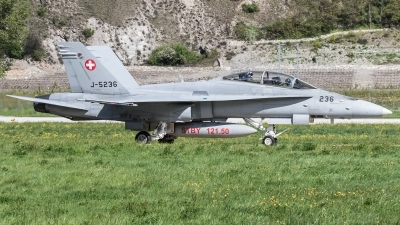 Photo ID 174252 by Luca Bani. Switzerland Air Force McDonnell Douglas F A 18D Hornet, J 5236