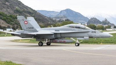 Photo ID 174208 by Luca Bani. Switzerland Air Force McDonnell Douglas F A 18D Hornet, J 5236