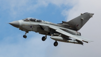 Photo ID 174541 by Doug MacDonald. UK Air Force Panavia Tornado GR4, ZA542