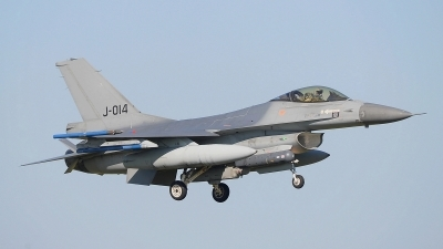 Photo ID 174633 by Peter Boschert. Netherlands Air Force General Dynamics F 16AM Fighting Falcon, J 014