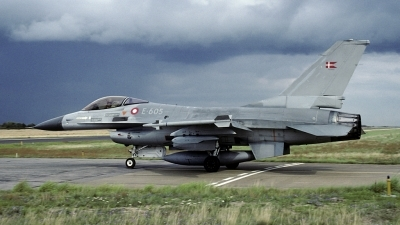 Photo ID 174929 by Joop de Groot. Denmark Air Force General Dynamics F 16A Fighting Falcon, E 605