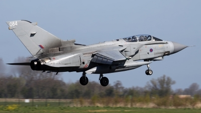 Photo ID 175543 by Mark Broekhans. UK Air Force Panavia Tornado GR4, ZD716