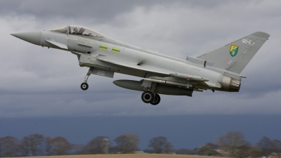 Photo ID 21348 by Jim S. UK Air Force Eurofighter EF 2000 Typhoon F2, ZJ923
