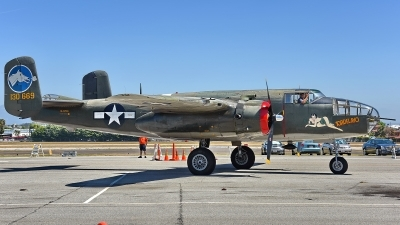 Photo ID 177156 by W.A.Kazior. Private Collings Foundation North American B 25J Mitchell, NL3476G
