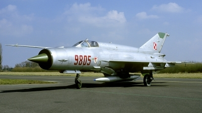 Photo ID 177360 by Marinus Dirk Tabak. Poland Air Force Mikoyan Gurevich MiG 21bis, 9805
