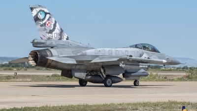 Photo ID 177378 by Bartolomé Fernández. Poland Air Force General Dynamics F 16C Fighting Falcon, 4055