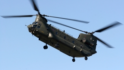 Photo ID 179828 by Chris Hauser. UK Air Force Boeing Vertol Chinook HC2 CH 47D, ZH775