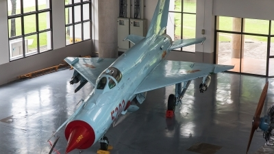 Photo ID 180410 by Luca Bani. Vietnam Air Force Mikoyan Gurevich MiG 21bis SAU, 5202