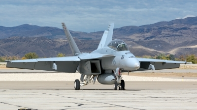 Photo ID 183430 by Colin Moeser. USA Navy Boeing F A 18F Super Hornet, 165803