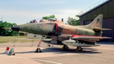 Photo ID 183767 by Sven Zimmermann. Singapore Air Force Douglas TA 4SU Skyhawk, 902
