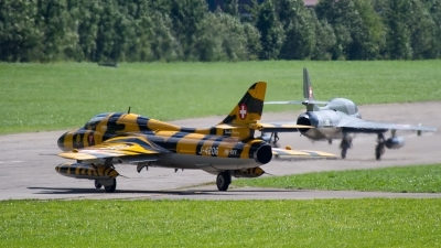 Photo ID 185052 by Agata Maria Weksej. Private Verein Hunter Flying Group Hawker Hunter T68, HB RVV