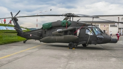 Photo ID 185230 by Martin Thoeni - Powerplanes. Austria Air Force Sikorsky S 70A 42 Black Hawk, 6M BG