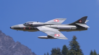 Photo ID 185370 by Agata Maria Weksej. Private Amici del Hunter Hawker Hunter T68, HB RVR