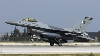 Photo ID 186143 by Thomas Ziegler - Aviation-Media. Pakistan Air Force General Dynamics F 16A Fighting Falcon, 85728