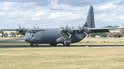 Photo ID 186426 by Chris Hauser. UK Air Force Lockheed Martin Hercules C4 C 130J 30 L 382, N4242N