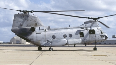 Photo ID 186810 by Chris Hauser. USA Marines Boeing Vertol CH 46E Sea Knight 107 II, 155302