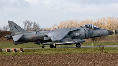 Photo ID 186931 by Jan Eenling. Italy Navy McDonnell Douglas AV 8B Harrier ll, MM7200