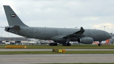 Photo ID 186919 by Mike Hopwood. United Arab Emirates Air Force Airbus A330 243MRTT, 1301