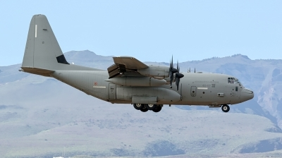 Photo ID 187001 by MANUEL ACOSTA. Italy Air Force Lockheed Martin C 130J Hercules L 382, MM62177