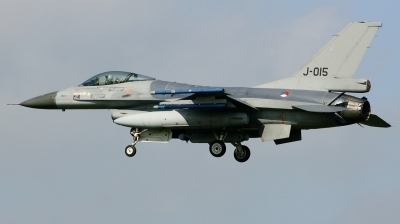 Photo ID 186997 by Arie van Groen. Netherlands Air Force General Dynamics F 16AM Fighting Falcon, J 015