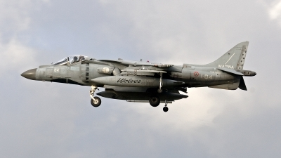 Photo ID 187042 by Jan Eenling. Italy Navy McDonnell Douglas AV 8B Harrier ll, MM7200