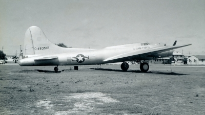 Photo ID 187815 by Robert W. Karlosky. USA Air Force Boeing B 17G Flying Fortress 299P, 44 83512