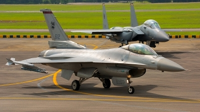 Photo ID 188351 by Gary Ng. Singapore Air Force General Dynamics F 16C Fighting Falcon, 612