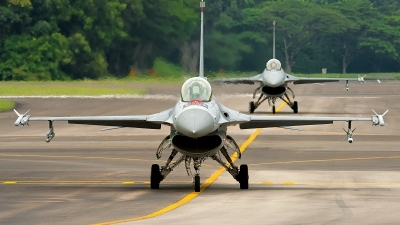 Photo ID 188874 by Gary Ng. Singapore Air Force General Dynamics F 16C Fighting Falcon, 611