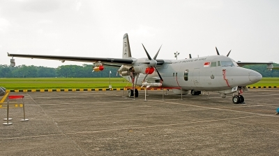 Photo ID 188877 by Gary Ng. Singapore Air Force Fokker 50, 716