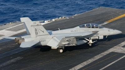 Photo ID 189676 by Klemens Hoevel. USA Navy Boeing F A 18F Super Hornet, 166814