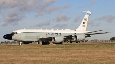 Photo ID 189827 by Gary Chadwick. USA Air Force Boeing RC 135W Rivet Joint 717 158, 62 4138