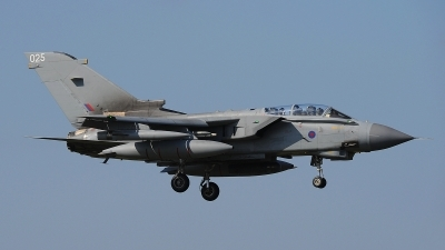 Photo ID 190260 by Peter Boschert. UK Air Force Panavia Tornado GR4, ZA459