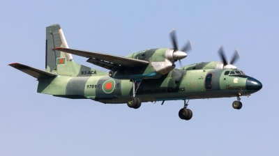 Photo ID 190438 by Andreas Zeitler - Flying-Wings. Bangladesh Air Force Antonov An 32A, S3 ACA