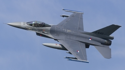 Photo ID 190768 by Caspar Smit. Netherlands Air Force General Dynamics F 16AM Fighting Falcon, J 642