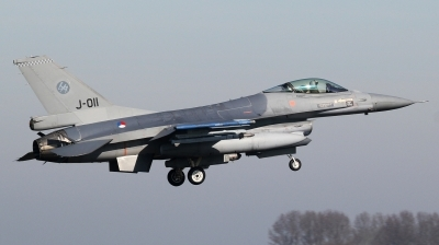 Photo ID 190791 by kristof stuer. Netherlands Air Force General Dynamics F 16AM Fighting Falcon, J 011