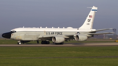 Photo ID 191187 by Chris Lofting. USA Air Force Boeing RC 135W Rivet Joint 717 158, 62 4139