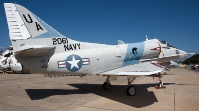Photo ID 192126 by W.A.Kazior. USA Navy Douglas A 4E Skyhawk, 152061