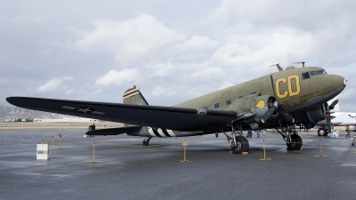 Photo ID 192942 by W.A.Kazior. Private Gooney Bird Group Inc Douglas C 47B Skytrain, N47SJ