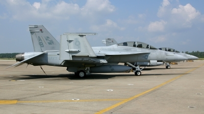 Photo ID 22978 by James Shelbourn. USA Navy Boeing F A 18F Super Hornet, 165796