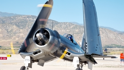 Photo ID 193463 by W.A.Kazior. Private Planes of Fame Air Museum Vought F4U 1A Corsair, NX83782